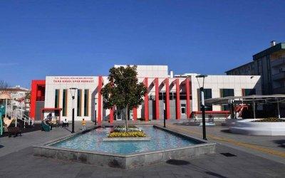 bahçelievler belediyesi taha akgül spor merkezi
